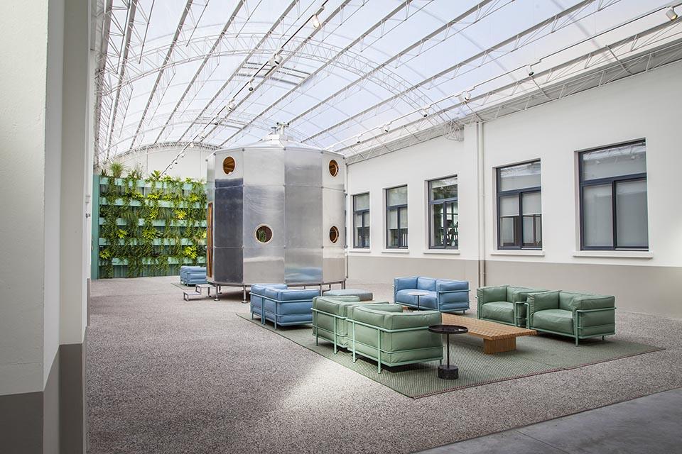 patricia urquiola 197 design architecte d int rieur strasbourg. Black Bedroom Furniture Sets. Home Design Ideas